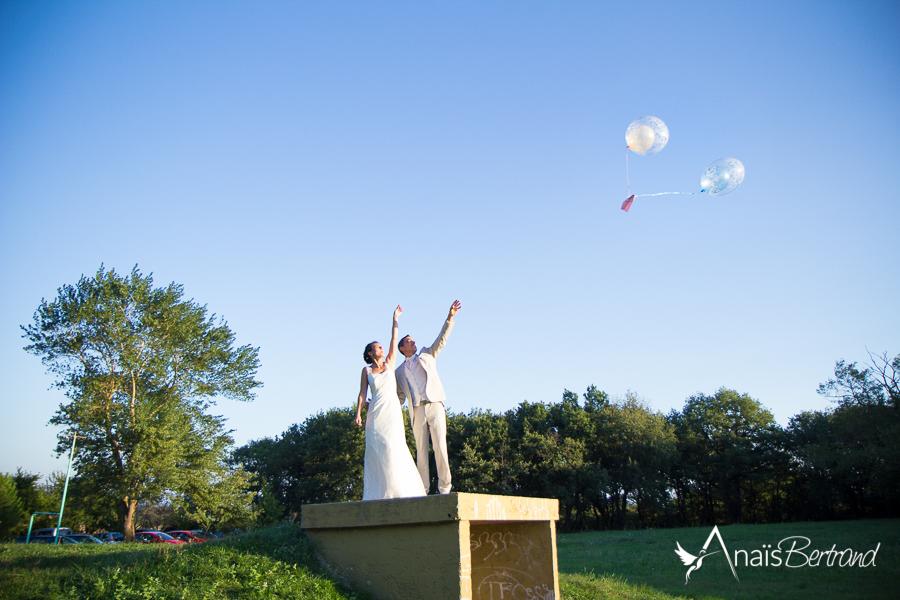 Photo Mariage Toulouse - Anais Bertrand photographe mariage, famille - lacher ballon