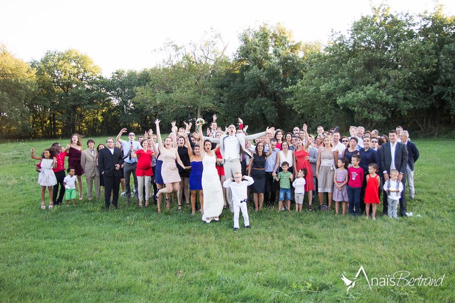 photo mariage E et B, Anais Bertrand photographe mariage, photo groupe