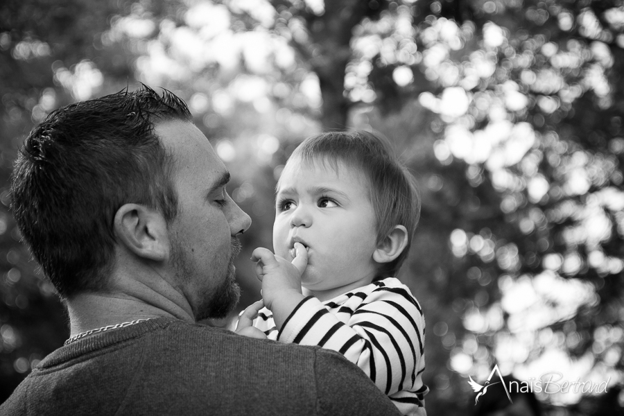 seance enfant en famille, Toulouse, Anaïs Bertrand photographe famille