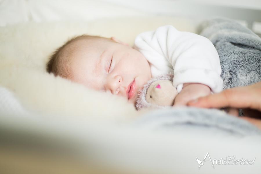 séance naissance Toulouse, Anaïs Bertrand photographe famille et naissance