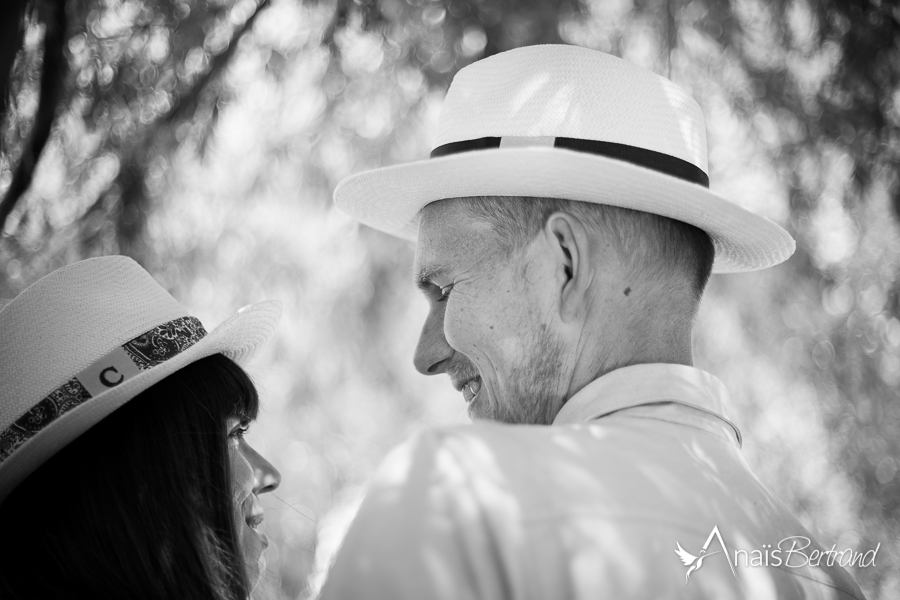 anais-bertrand-photographe-mariage-toulouse-love-session-engagement-couple-famille-12